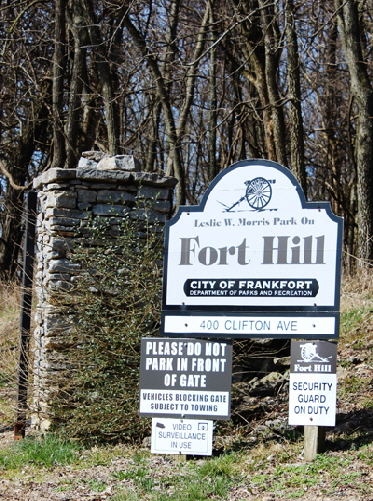 Park Signs Fort Hill